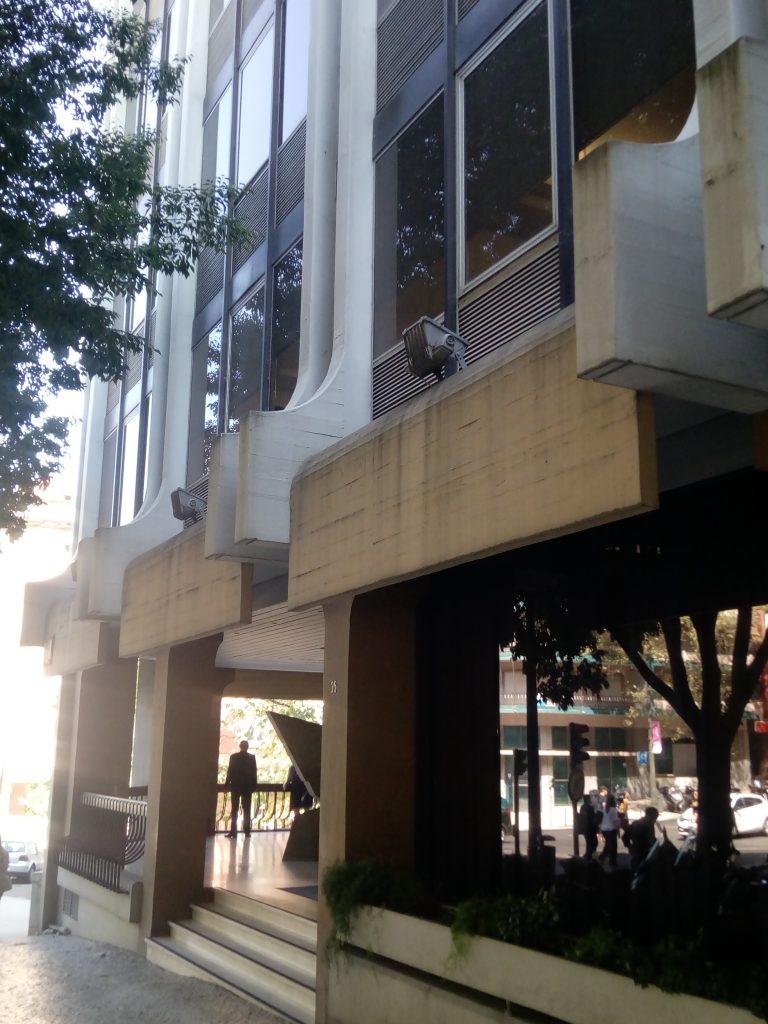Edf. Cimpor, rua Alexandre Herculano, 35